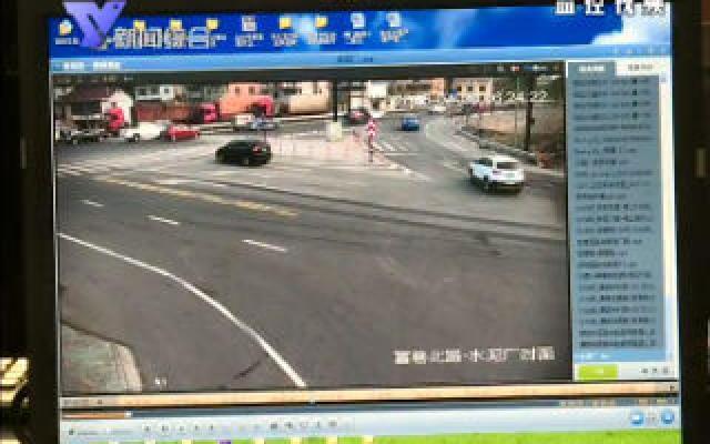 醉驾货车司机 等红绿灯时竟然睡了一个多小时