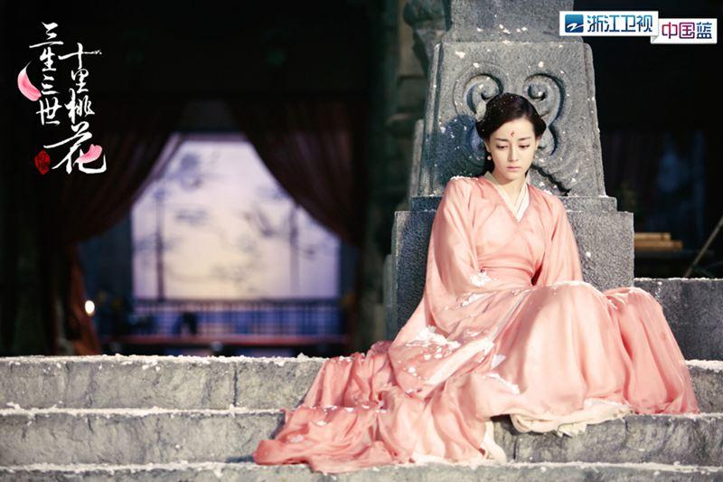 中国蓝剧场《三生三世十里桃花》第18-19集预告:夜华身受重伤素素被抓