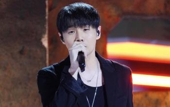 李荣浩演唱谢霆锋歌曲《谢谢你的爱1999》