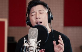 《还有诗和远方》主题曲《寻一页星光》MV发布 胡海泉演唱