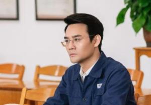 《大江大河2》东海打工人宋运辉太难了!这种伤害对职场人是持续且致命的!