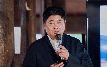 万里走单骑 第4期:布鞋男团感悟古茶林悠久历史