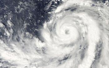 """台风""""灿都""""逐渐向浙江东北部一带沿海靠近,接下来会对浙江有何影响?"""