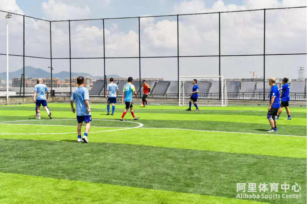 (0803角度)阿里体育第一馆:球场与天空的距离有多远?(2)182.png