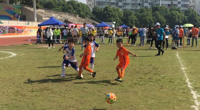 萧山幼儿园小朋友厉害啦 抖空竹,踢足球.拿下省市一等奖