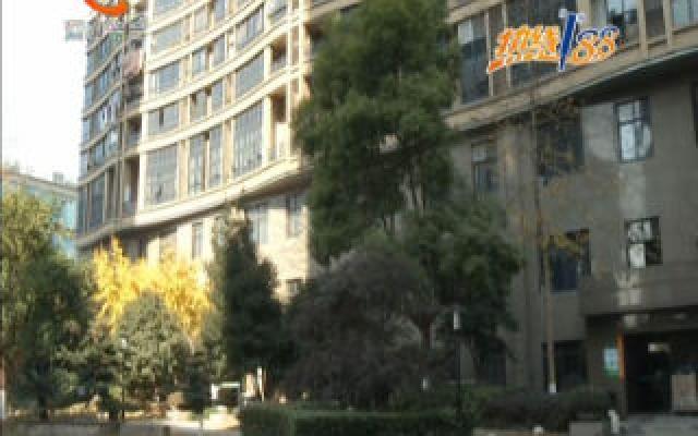 酒店空调外机的噪音 影响住户休息